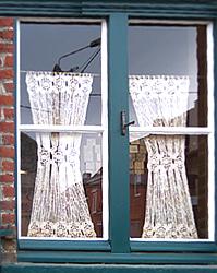 Crochet : les rideaux à la flamande
